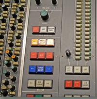 Studio Monitor Controller - na przekaznikach