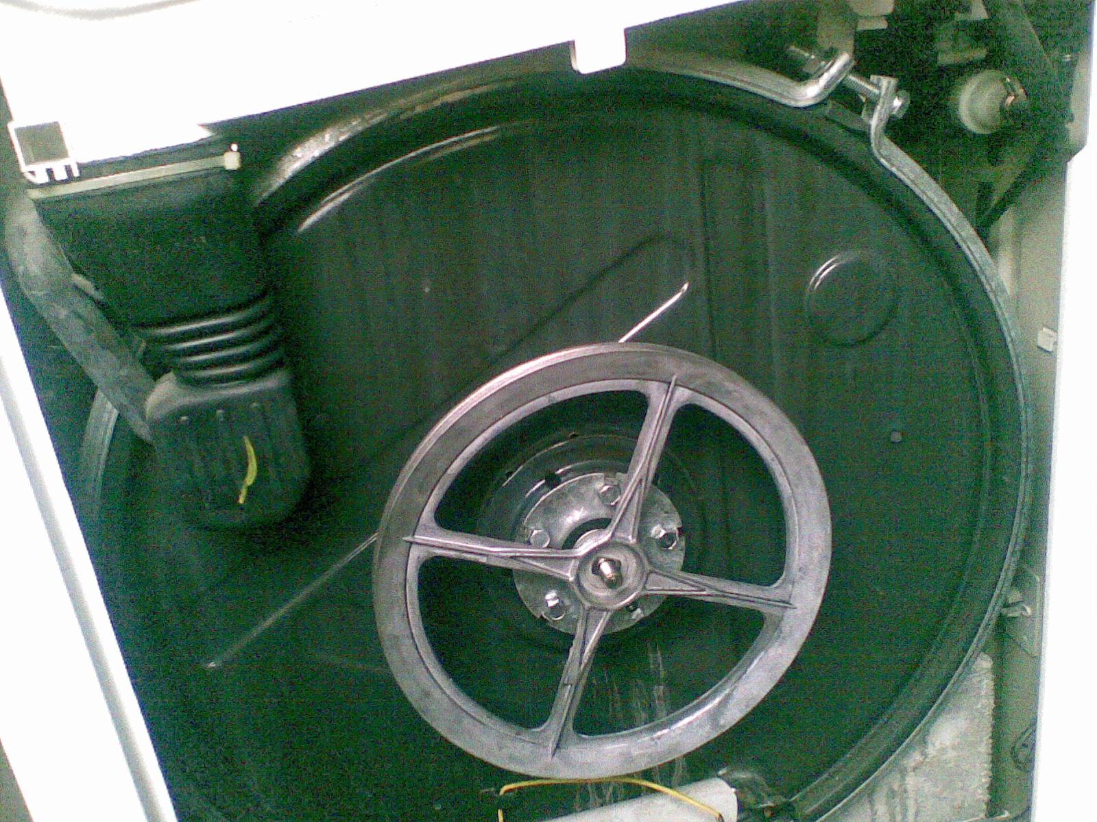 pralka Ardo T60 - uderzanie b�bna podczas prania i wir�wki