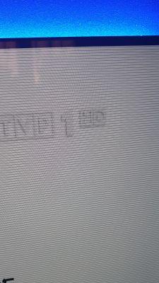 Sony KD65x9005C TV 4K - czarne regularne cieniutkie pasy na matrycy