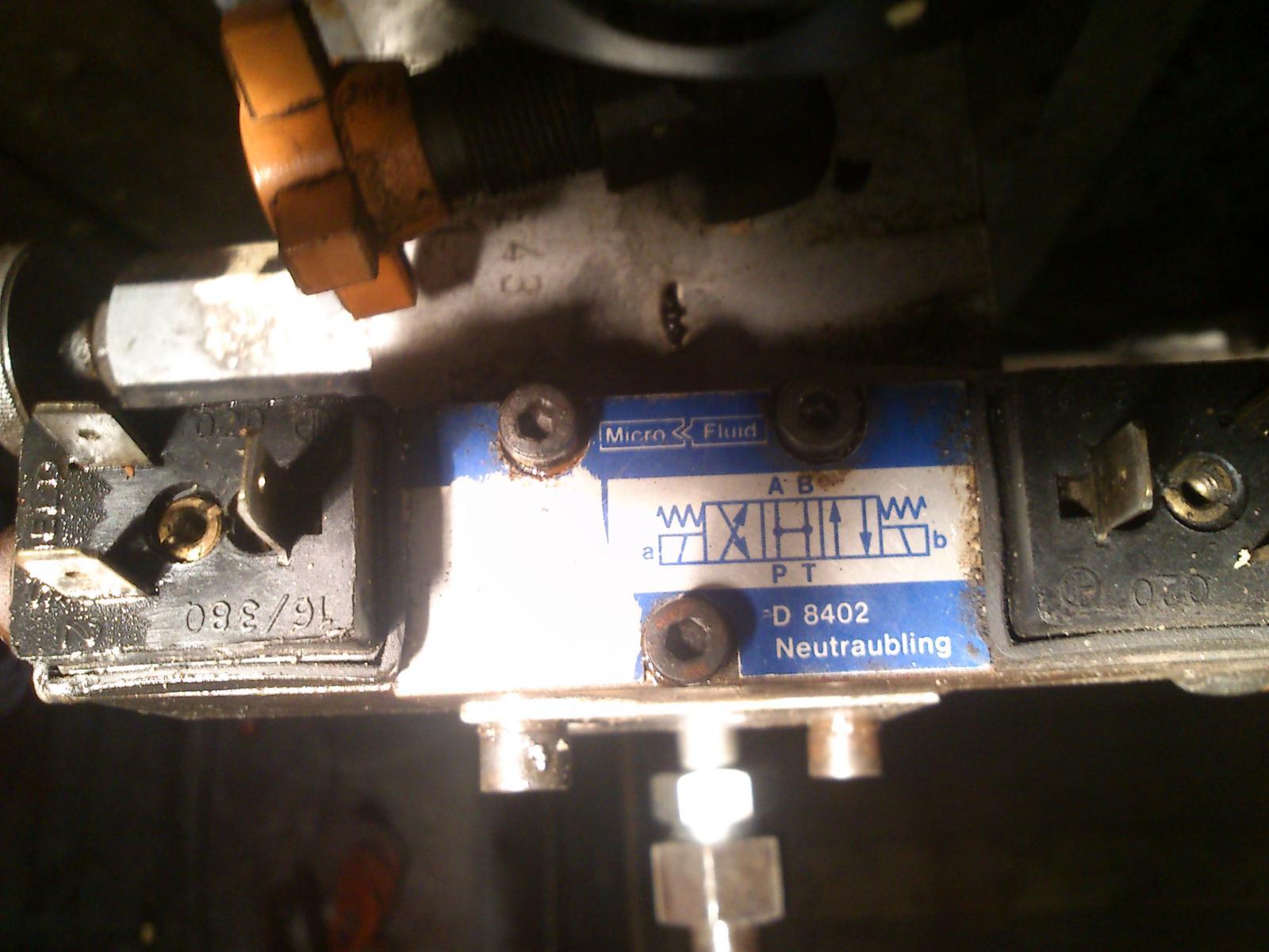 Czy m�j rozdzielacz hydrauliczny si� nadaje do podno�nika?