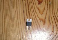 [Sprzedam] Stabilizator napi�cia dodatniego UA7805C