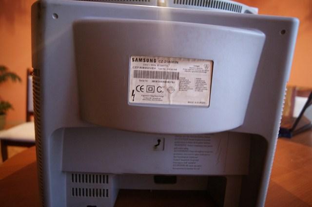 [Sprzedam] TV SAMSUNG CZ-21A083N w idealnym stanie