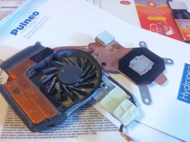laptop hp tx2z naprawa p�yty g��wnej = reflow GPU i uk�ad ch�odzenia