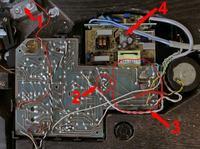 Gramofon Bernard - lewa strona buczy, prawa gra cicho