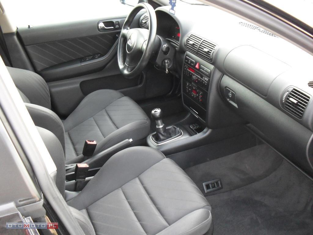 Pod�okietnik kierowcy - Mo�na zamontowa� ? - Audi A3