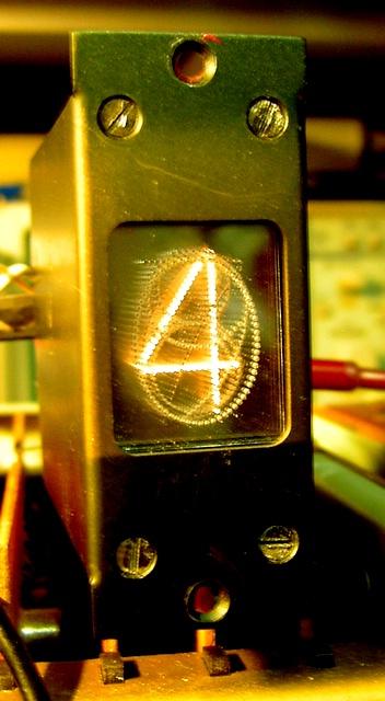 Zegar z nietypowym wyświetlaczem
