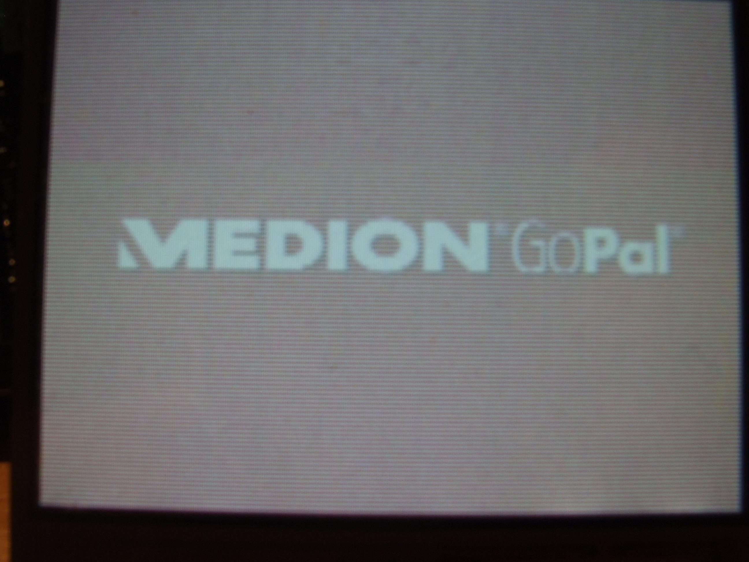 Nawigacja GPS MEDION  - MD96310 E3210M10 - poziome pasy na ekranie
