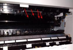 Samsung C460FW - Jak wyczyścić tę drukarkę (brudzenie papieru podczas wydruku)