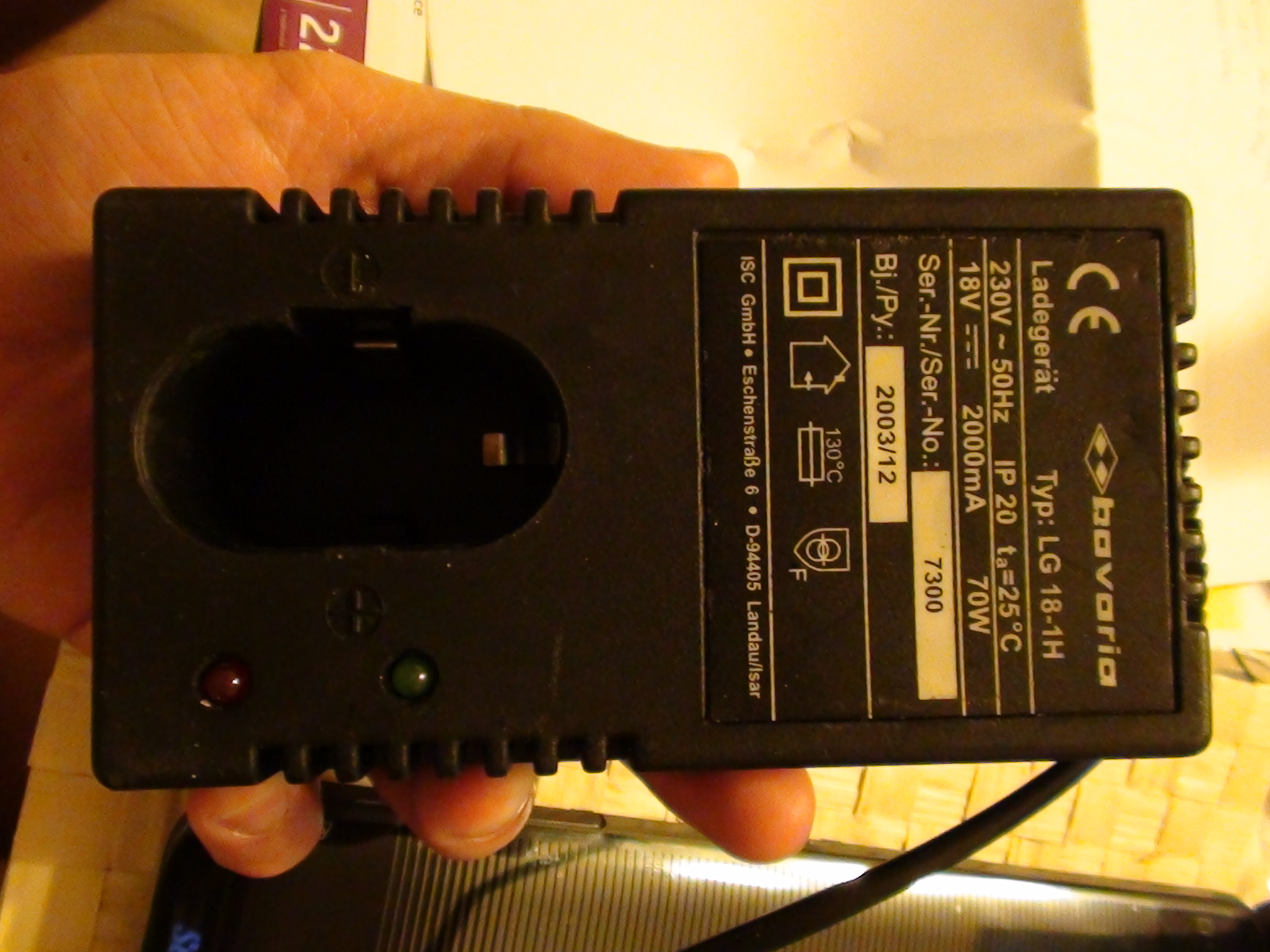 Bavaria Typ: LG18-1H nie �aduje akumulatora