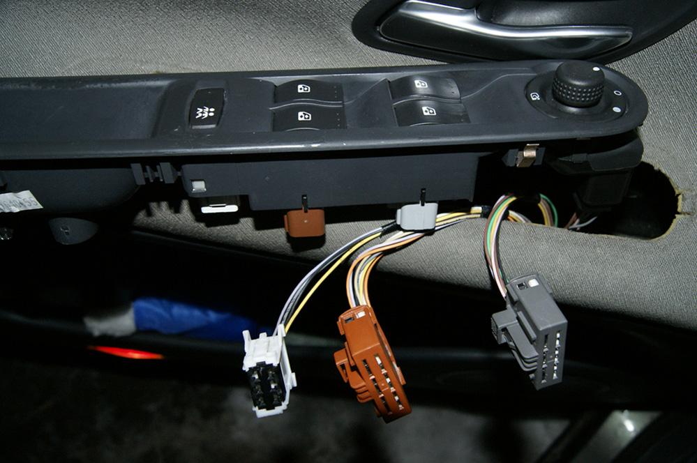 Renault Espace IV - Schemat elektryczny prze��cznik�w w drzwiach