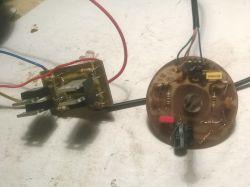 Prosty solar tracker na L272M do sterowania panelami fotowoltaicznymi.