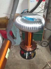 Dual Resonant Solid State Tesla Coil by piglet11