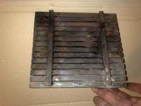 Podajnik szufladowy/t�okowy pieca w�glowego