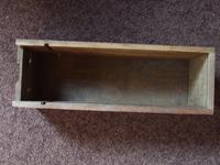 Zegar VFD w drewnianej obudowie.