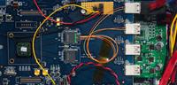 Czy światłowody zastąpią okablowanie komputerowe?