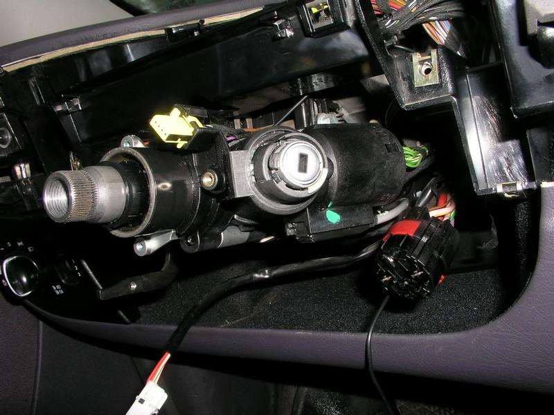 Mercedes A klasa  - Jak wymontowa� stacyjk� w A Klasie, 1,6 benzyna 2001 r
