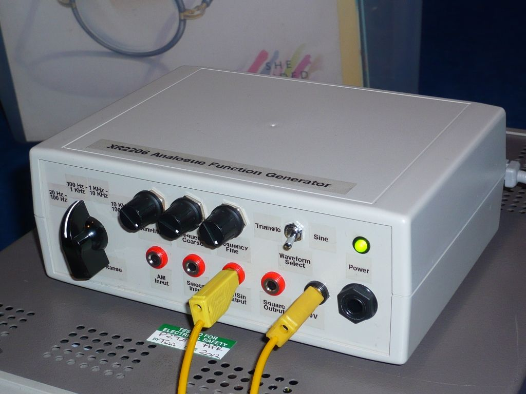 Generator funkcji na XR2206