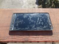 Nokia Lumia 1320 - Resztki kleju na wyświetlaczu po zdjęciu digitizera