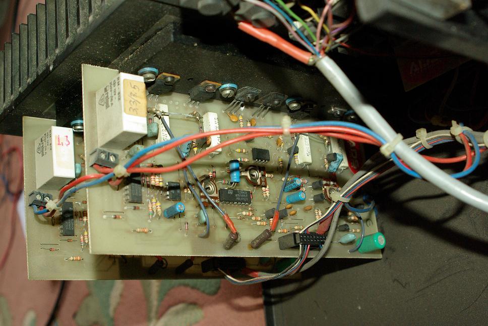 Powermixer ADS PM10 - Brak prawego kana�u