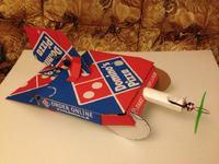 Samolot z pude�ka po pizzy