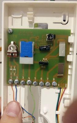 Unifon Wekta TK6/Laskomex LF-3 - Podłączenie przez kondensator elektrolityczny