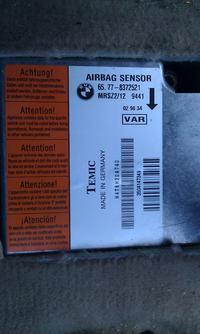 BMW E46 318i 98 Po wymianie akumulatora padł sterownik AIRBAG.
