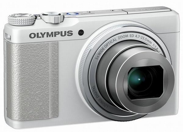 Olympus Stylus XZ-10 - aparat cyfrowy w rozmiarze mini