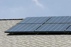 Ogniwo fotowoltaiczne pozyskuj�ce i przechowuj�ce energi�