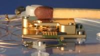 Miniaturowy silnik trójfazowy znajdzie zastosowanie w zegarkach