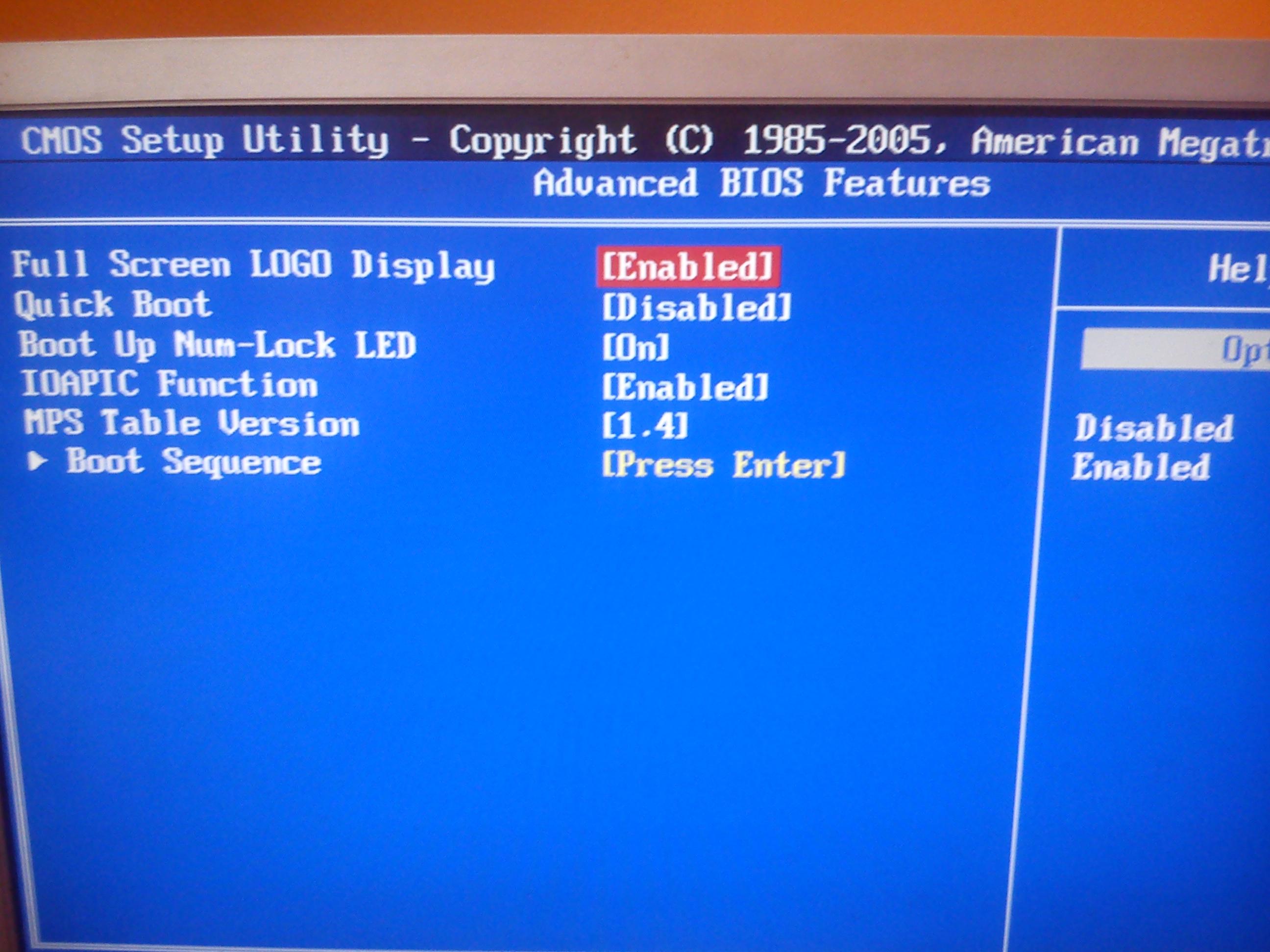 Po w�o�eniu grafiki do slotu  - PCI-e, monitor nie reaguje.