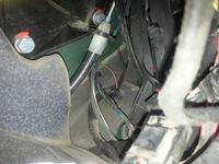Mercedes-Benz Vito 108D W638 - Wypięta kostka obok Hamulca Postojowego
