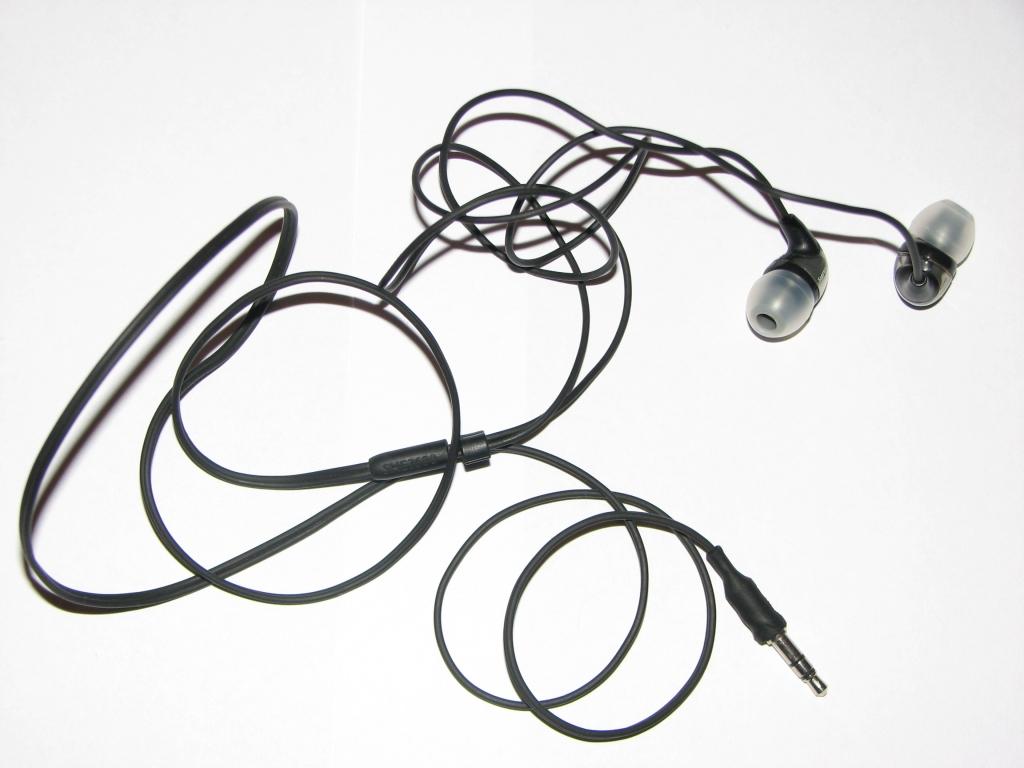 Philips SHE3680 - Przerywanie dzwi�ku podczas odtwarzania muzyki