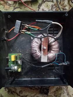 mostek prostowniczy zamiast 4 diod połączone z tyrystorem