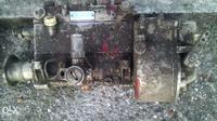 Pompa paliwa Zetor 7711 - dolewka oleju