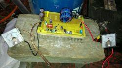 Ładowanie akumulatora solarem - jaki regulator, jaki sposób ładowania.