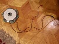 Mini prądnica pokazowa do zasilania małej żarówki
