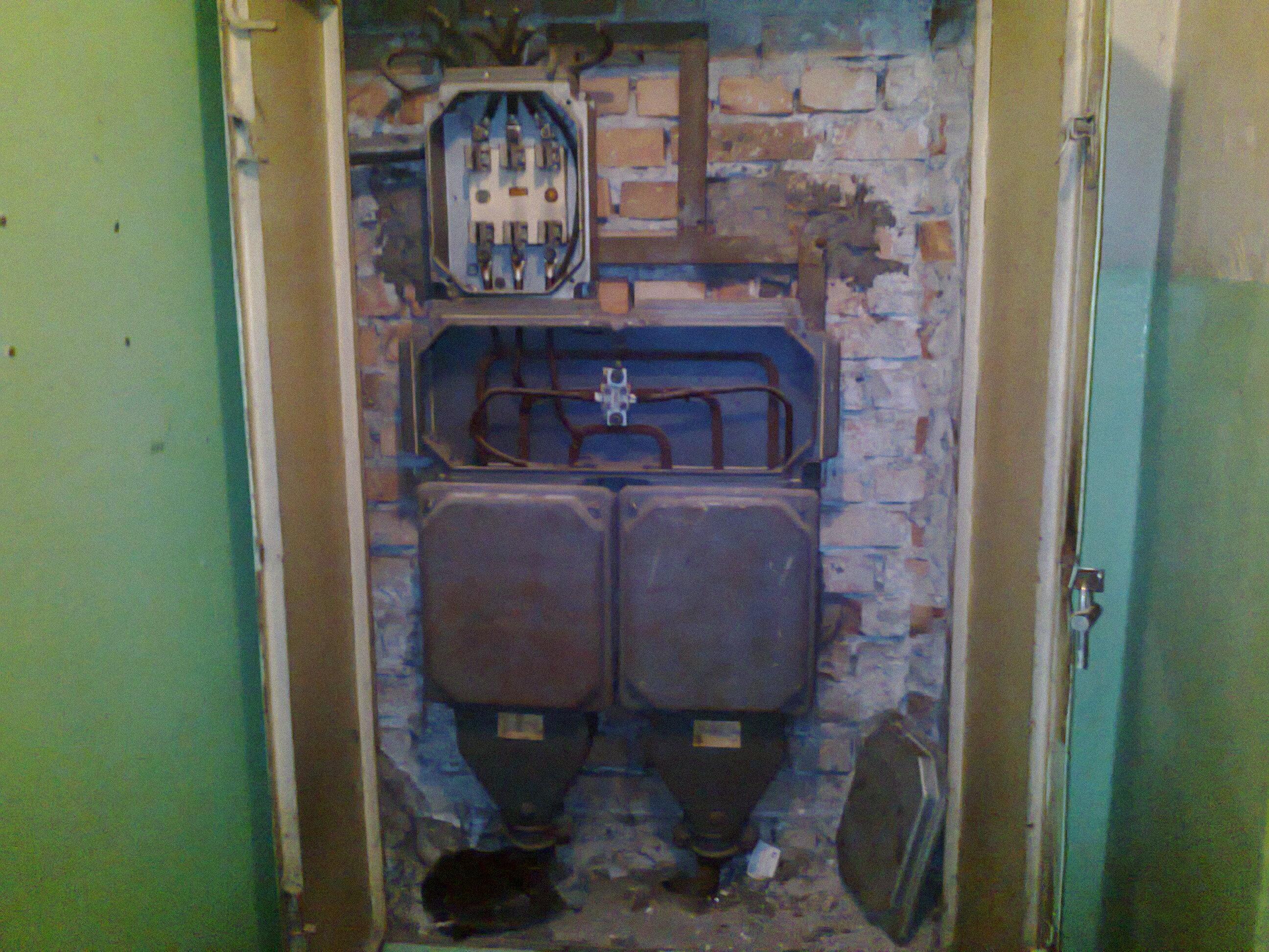 Instalacje elektryczne w domu i mieszkaniu: Historia i trendy