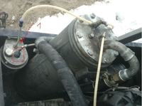Spężarka Compair C30 - olej cofa się do filtra powietrza