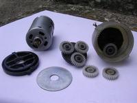 Silniki do nietypowego pojazdu gąsienicowego