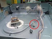 Whirlpool AKP 724 - Jak otworzyć przedni panel piekarnika Whirlpool?