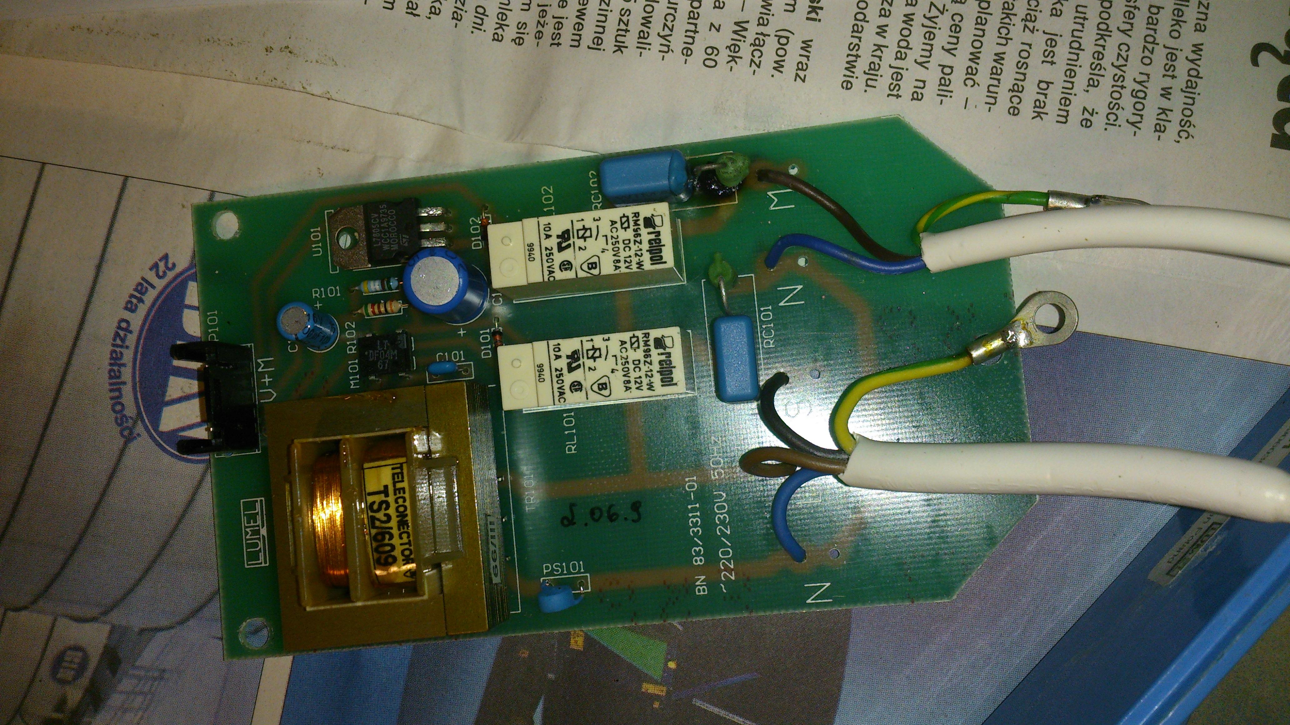 Sterownik sch�adzalnika - zawy�a odczyt temperatury. Zamiennik?