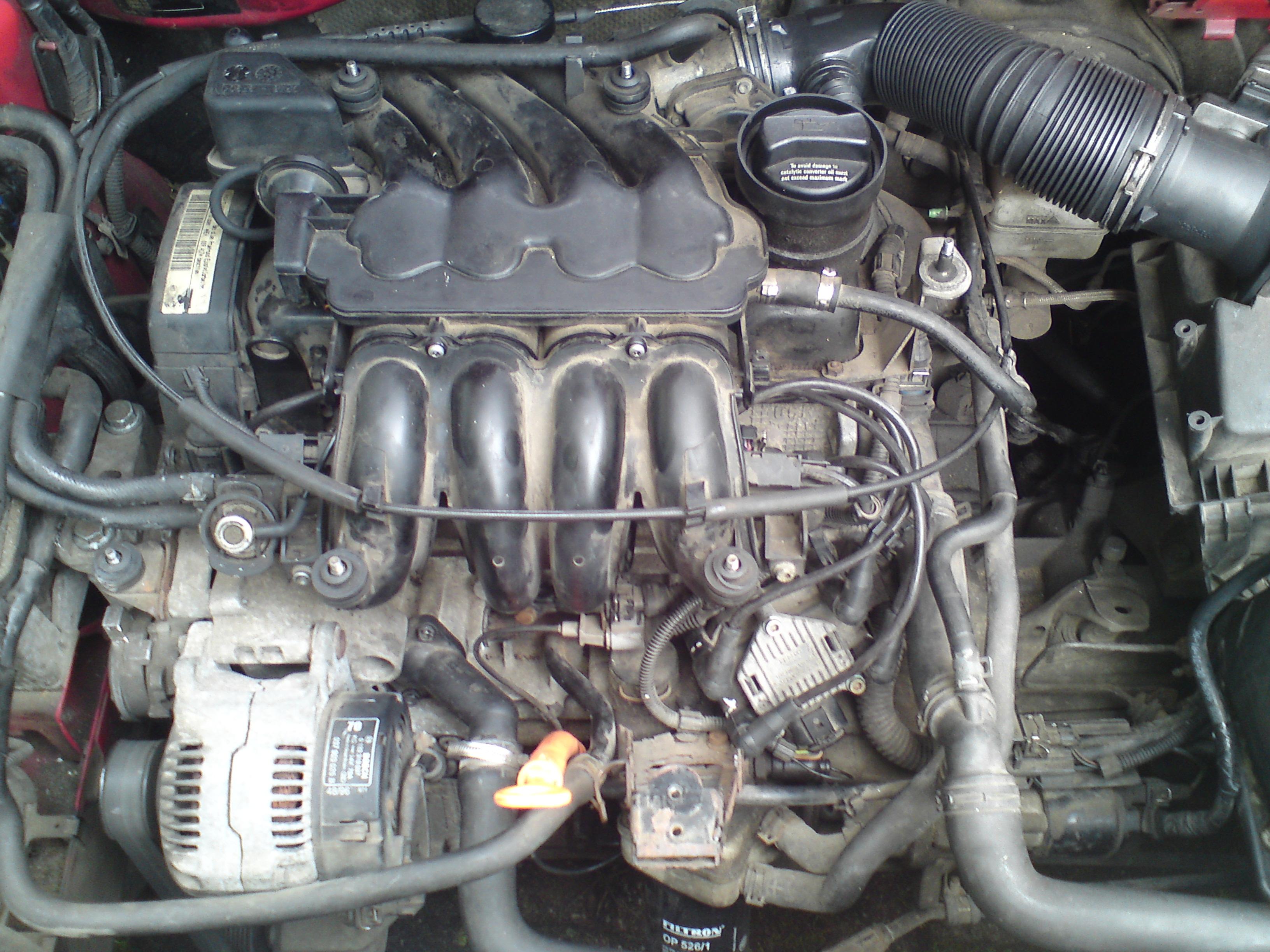 Audi A3 16 Attraction 1996 Szarpanie Urwana Klapka Kolektora