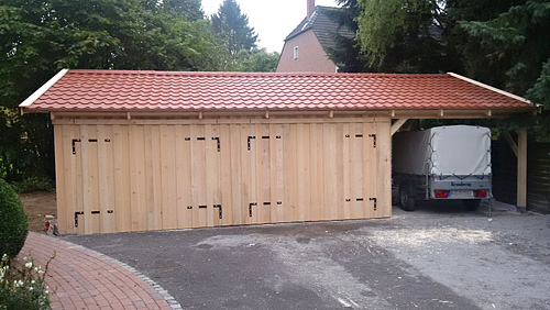 double garage wooden garage with saddle roof finished. Black Bedroom Furniture Sets. Home Design Ideas
