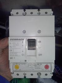 [Sprzedam] Wy��cznik kompakt. SCHRACK MC1 3p 25kA 160A wyzwalacz Typ A