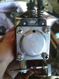 Jonsered 2040 Turbo - Nie odpala, paliwo cieknie przez wydech
