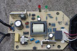 Ładowarka Bosch AL1830CV - spalone elementy