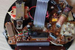Przerobienie radia zasilanego 230 na baterie lub akumulator.