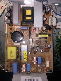 Samsung LE23R81B. - Nie załącza się zasilacz 24V