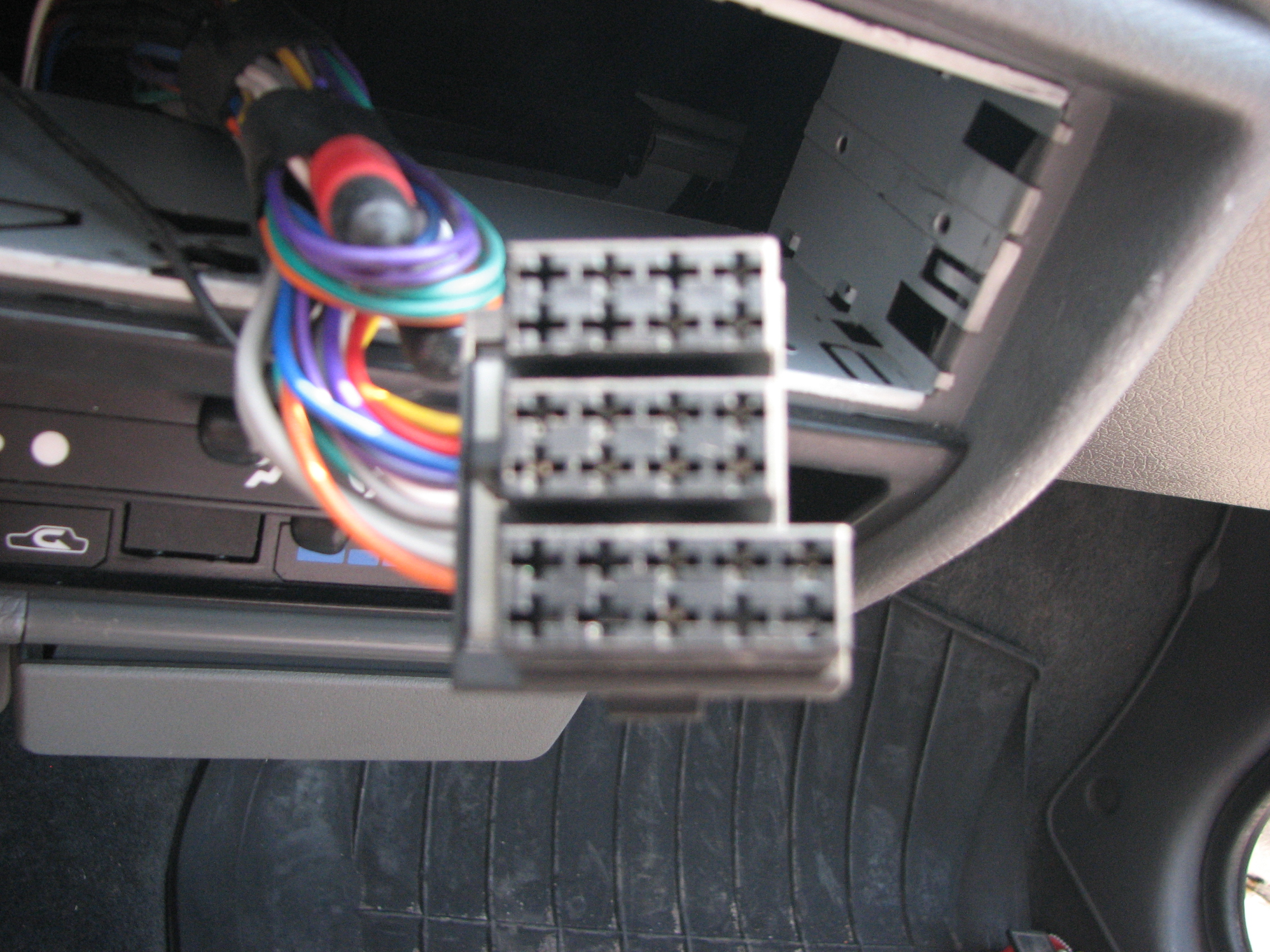 Pod��czenie radia JVC KD-R412 do Daewoo Tico (1997 r.)