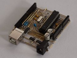 DipDuino - płytka prototypowa pasująca do uniwersalnych płytek stykowych